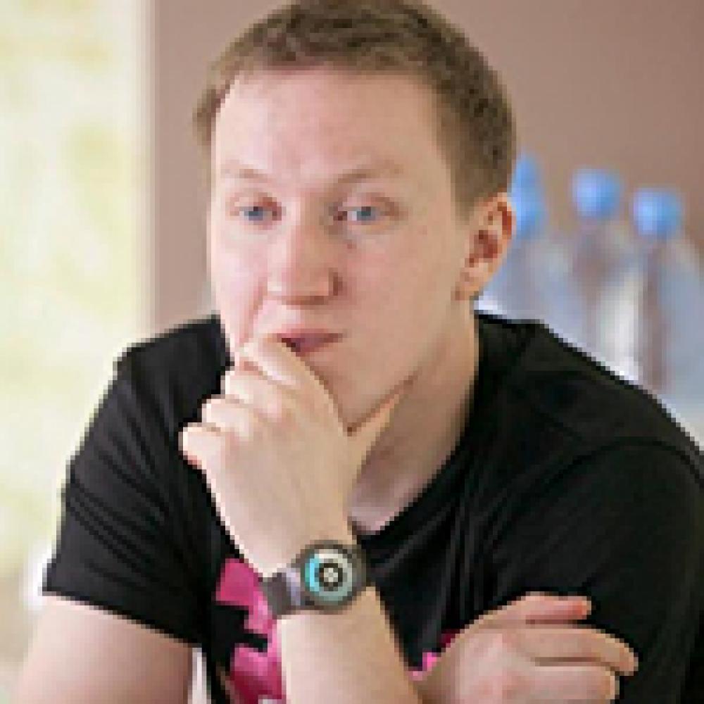Вячеслав Молодых