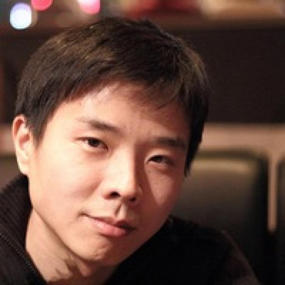 Алексей Ли